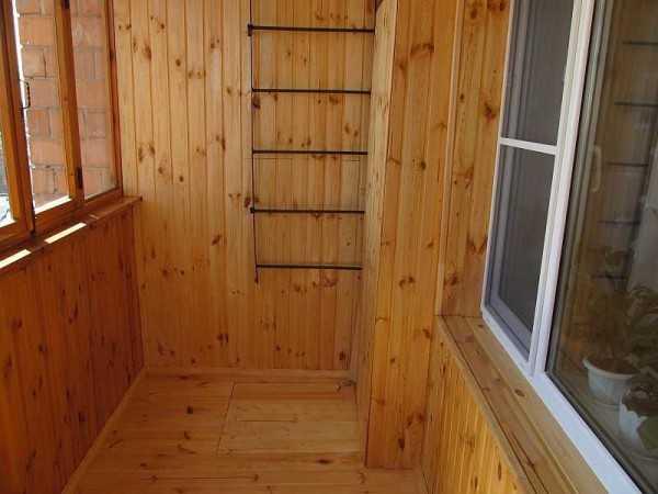 Отделка балкона вагонкой из хвои фото