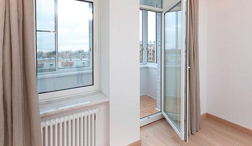 Двери для балкона из ПВХ - фото