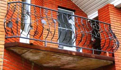 Переварка перил на балконе - фото