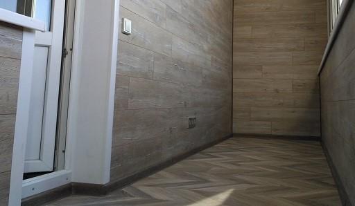Отделка пола балкона линолеумом - фото