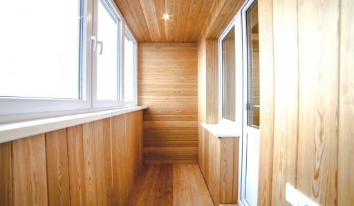 Обшивка балкона вагонкой из осины - фото