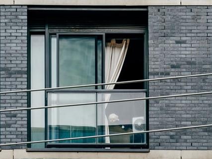 алюминиевые окна на балкон раздвижные цена фото