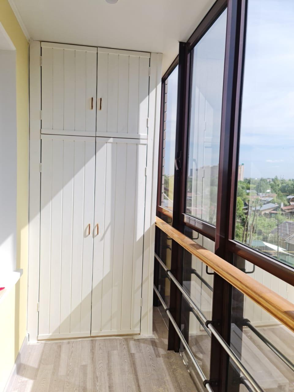 Покраска и установка шкафа на балконе Баруди 16/3 - фото