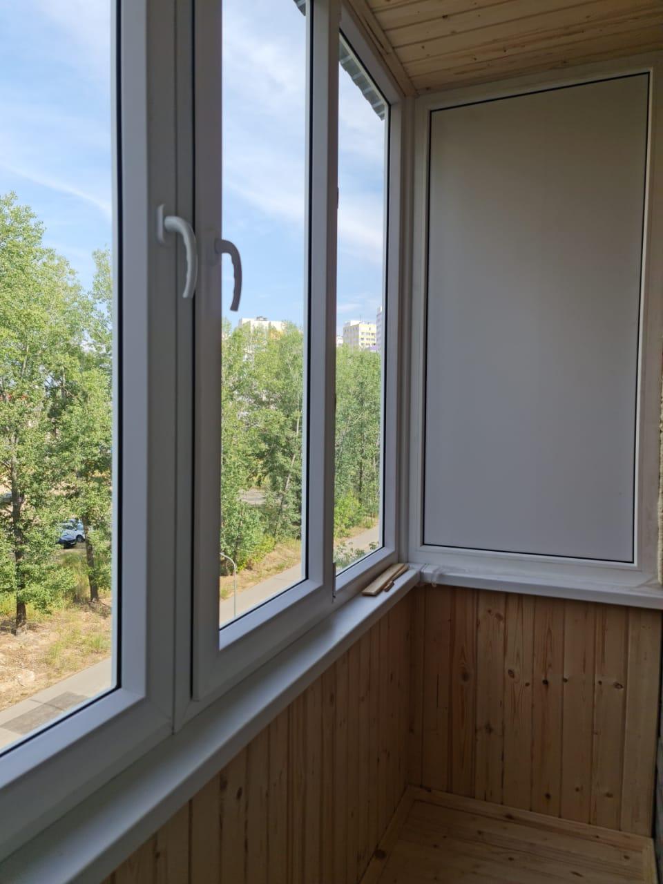 Остекление и отделка балкона евровагонкой ул. Ботаническая 1 - фото