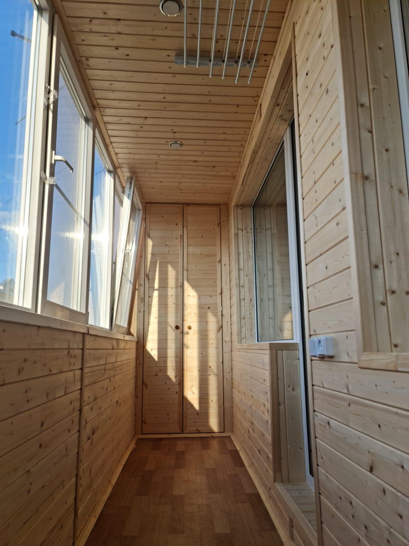 Обшивка вагонкой и замена балконного блока ул. Парина 18 - фото