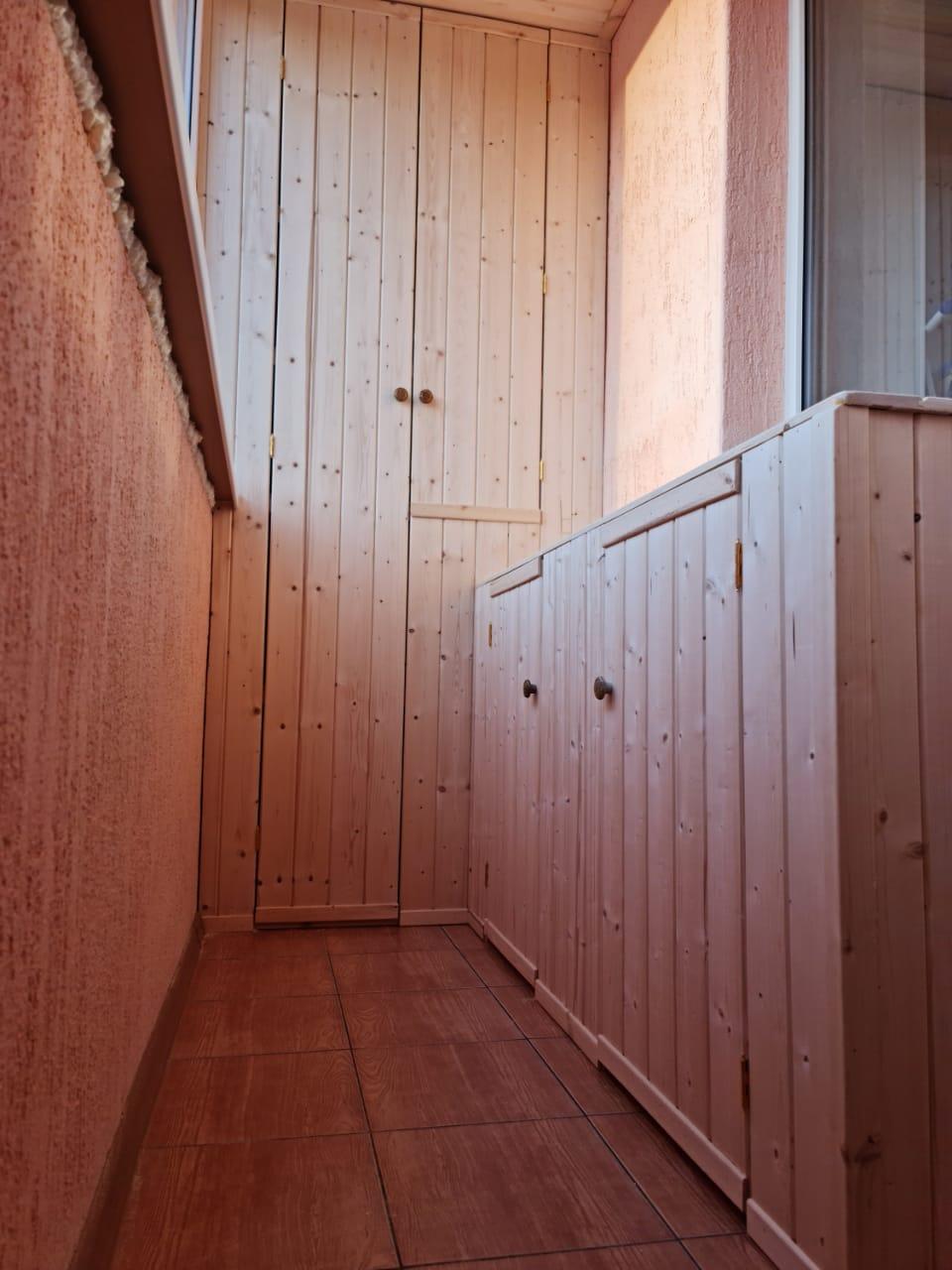 Установка шкафа и тумб ул. Симонова 15 - фото